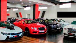 ABŞ-da lüks avtomobil satışı bumu yaşanıb