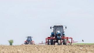 Azərbaycan Gürcüstandan traktor idxalını artırıb - STATİSTİKA
