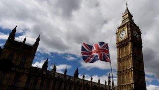 Böyük Britaniyanın dövlət borcu ən yüksək həddi keçdi