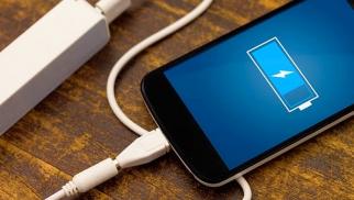 Bu proqramlar telefonlarınızın şarjını azaldır – SİYAHI