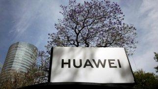 """ABŞ Çinin """"Huawei"""" şirkətini """"qara siyahı""""ya salıb"""