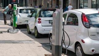 Azərbaycan ötən il 167 elektromobil idxal edib