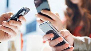 Azərbaycanda ən çox satılan mobil telefonların STATİSTİKASI
