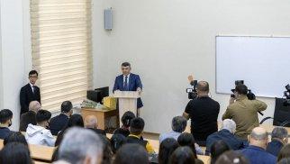 İnam Kərimov ADAU-da tədrisin təşkili prosesi ilə tanış oldu (FOTOLAR)