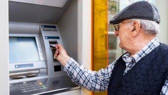 Ekspertdən DSMF-yə sual: 50-75 yaş arasında neçə nəfər pensiya alır?